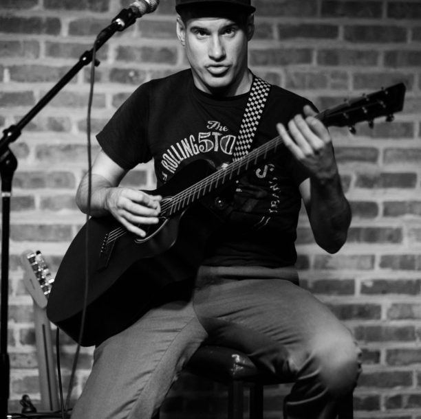 Open Mic Photos by Joel Turner – The House Pub